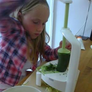 Børn, Grøntsager og En Spiralizer - Et Ganske Genialt Tip! - Anne Seidelin