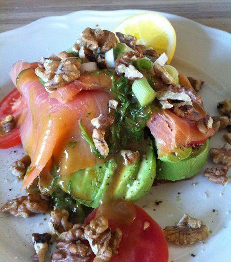 Overdådig lavglykæmisk laksemad – med eller uden brød