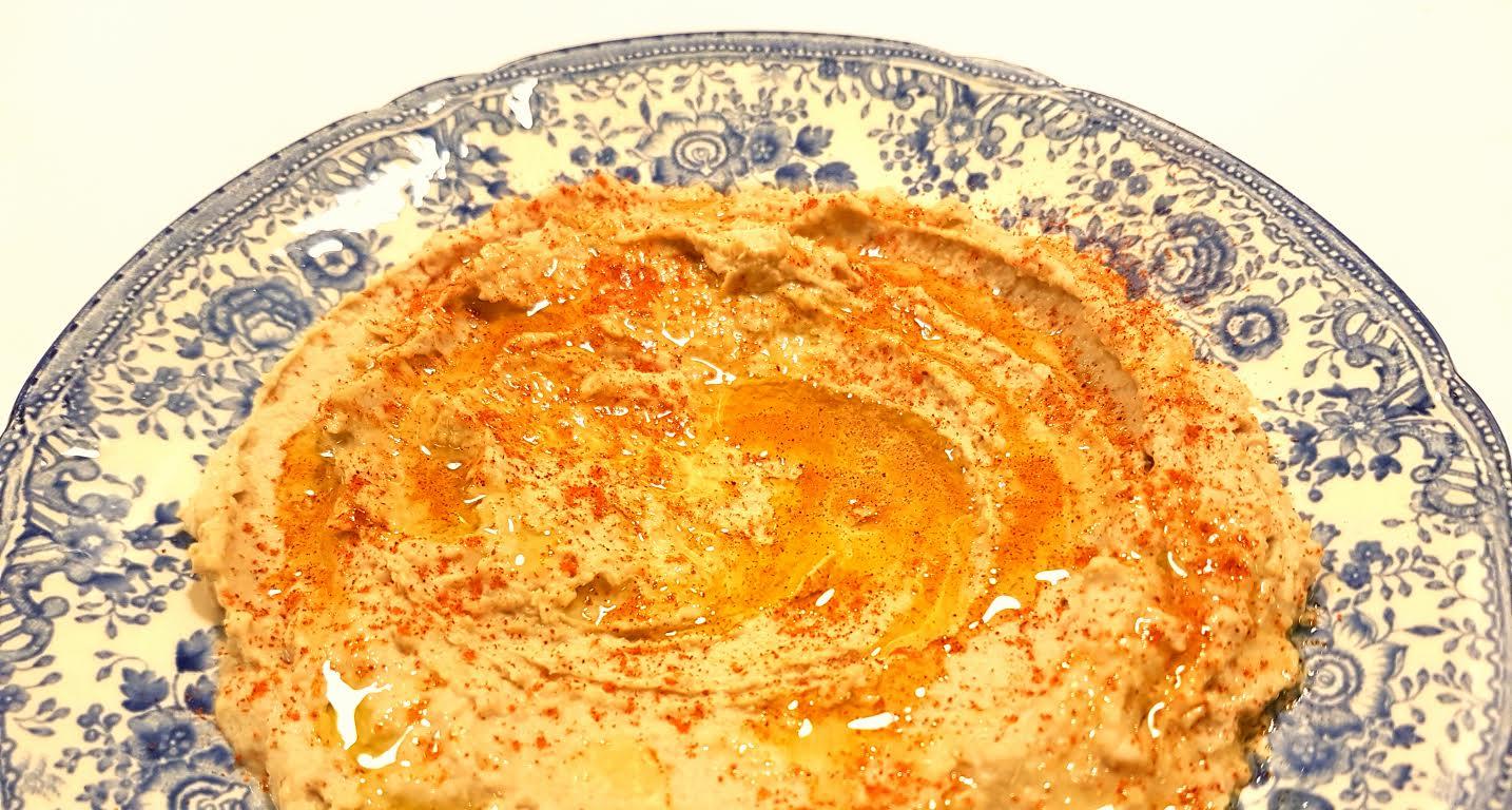 hummus med kikærter på dåse