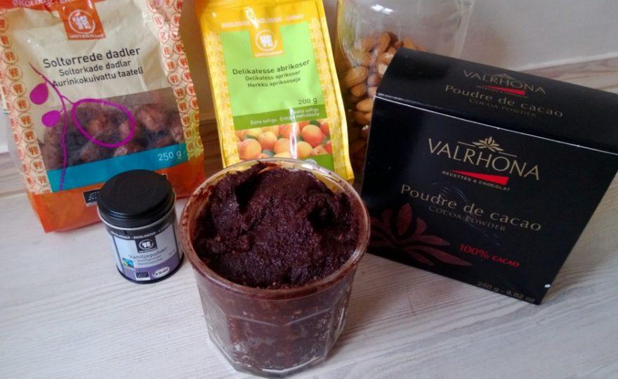 Sundere Nutella – lavet på nødder og tørret frugt